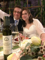 Do you know that our Extra Virgin Olive Oil 100% italian match also with weddings?